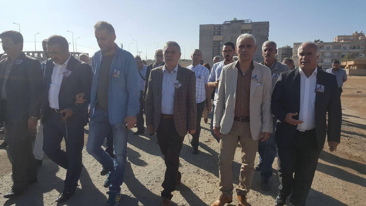 إسماعيل بوبي في مراسم تشييع النقيب محمود مجيد برخدان في ماردين
