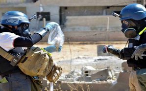 كيف استمر الأسد في قصف الشعب السوري بالأسلحة الكيميائية على…