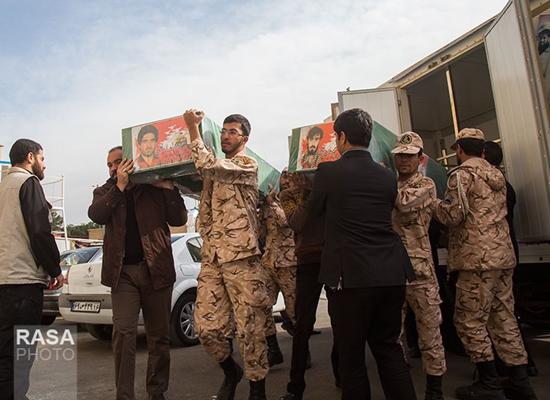 جثامين مرتزقة أفغان قتلوا على أيدي الثوار في حلب قبيل تشييعهم في مدينة قم