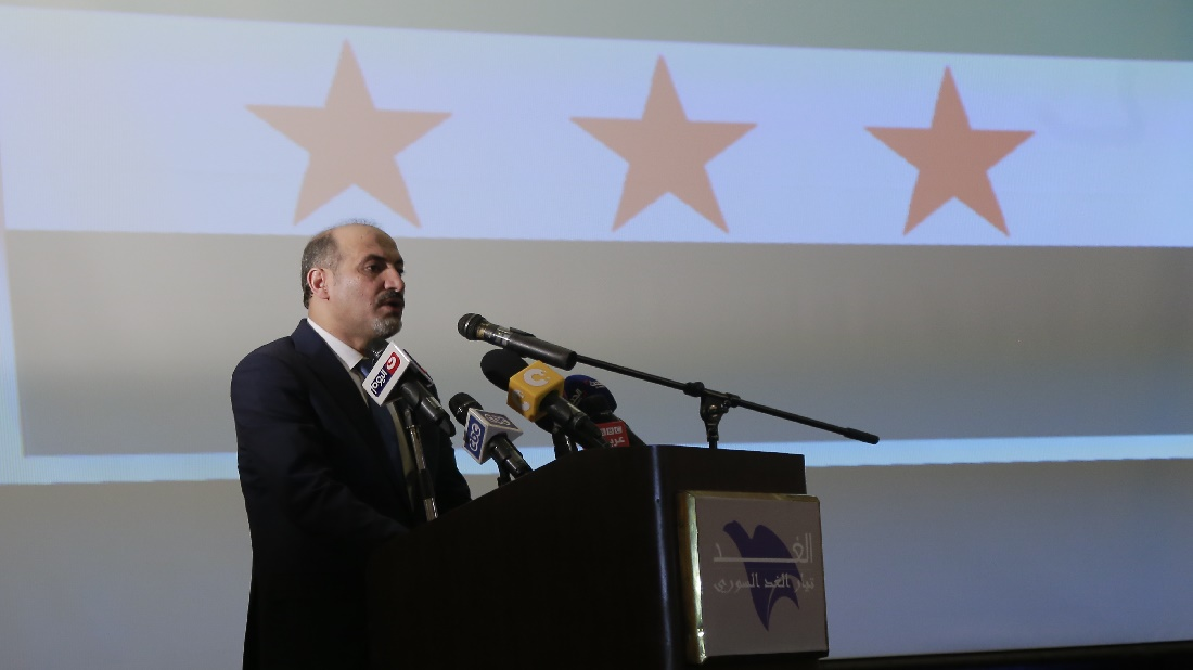 أحمد الجربا يلقي كلمة خلال تأسيس تيار الغد السوري بالقاهرة