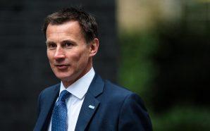 وزير خارجية بريطانيا يطالب روسيا بتقديم حل يجلب السلام والاستقرار…