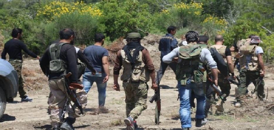 مقاتلون من فصائل المعارضة في ريف اللاذقية
